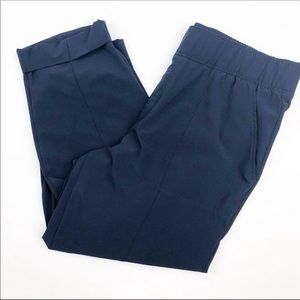 Talbots Pull on Elastic Waist Navy Cropped Pants